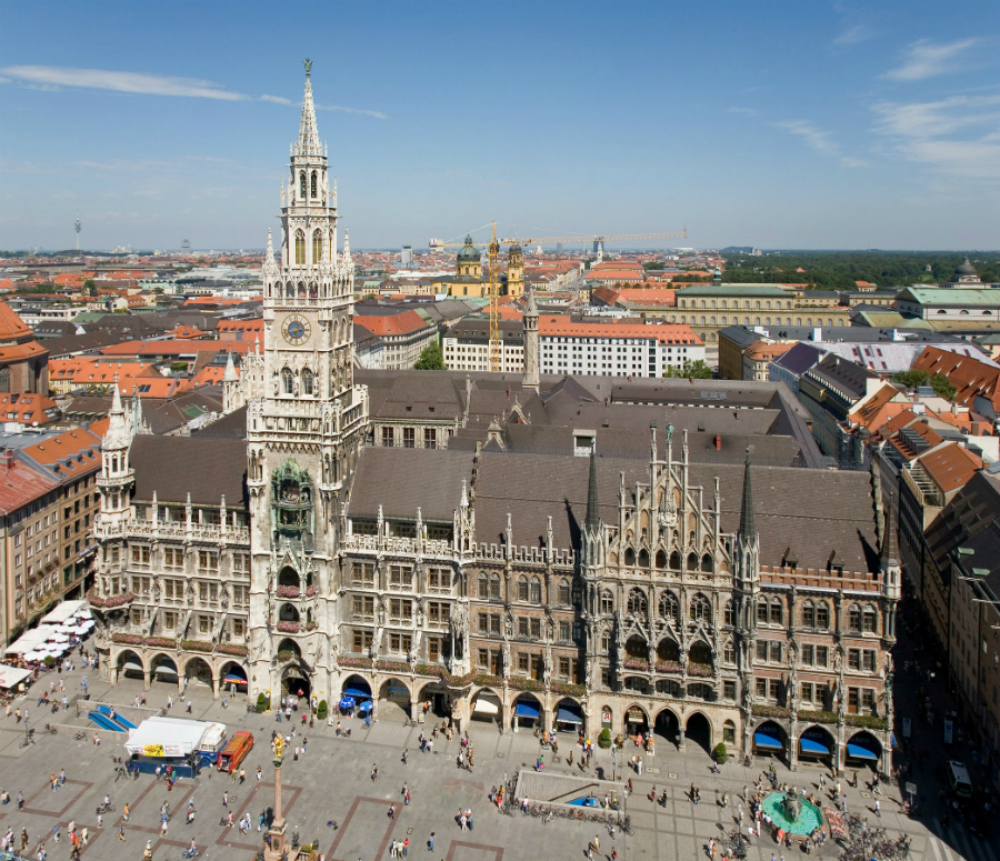 Best Places to Visit at Munich During OutDoor by ISPO 2019 - In case you're visiting the city during the OutDoor by ISPO and have a chance to explore the city, here is a worthy selection of Munich spots you must-see! ➡ Easy Walk Experience Blog is all about fashion tips, travel inspiration, lifestyle trends and much more.
